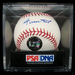 PSA Graded GEM MINT 10 Willie Mays Single Signed Baseball (PSA/DNA)